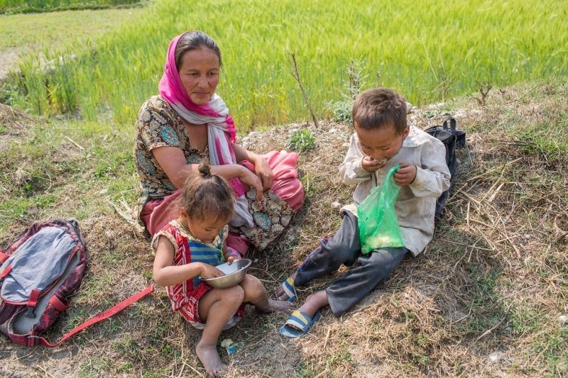 भोकमारी र गरीबीको सामना गर्दै नेपाल:ताेयानाथ जाेशी