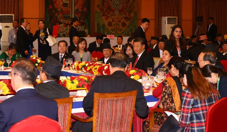 सोल्टी होटलमा नेपाली राजनीतिज्ञहरुको ठुलो जमघट, भेटघाट नहुने नेताहरुको पनि भयो कुराकानी