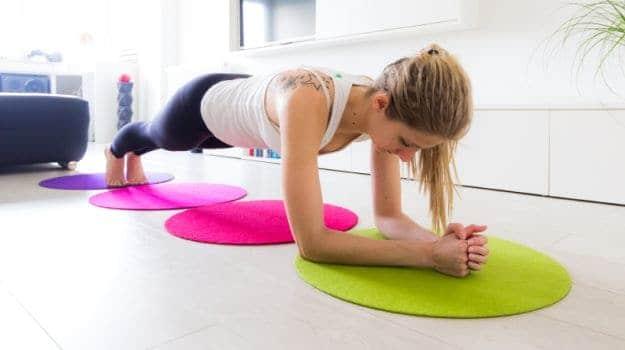 यस्ता छन् मोटो पेट घटाउने ८ शारीरिक अभ्यास