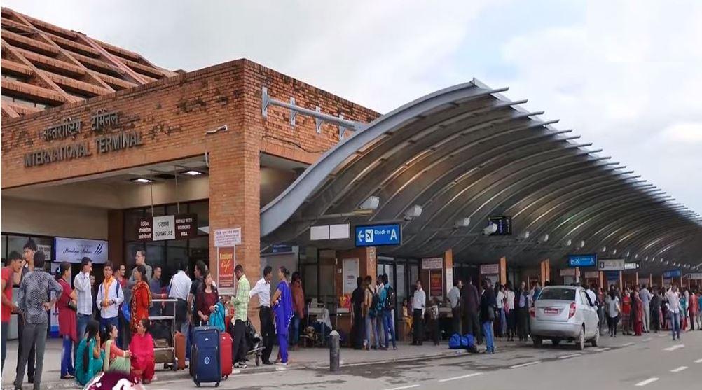 नेपाली मूलका एक अष्ट्रेलियन नागरिकले विमानस्थलका कर्मचारी माथि अभद्र व्यवहार गरे पछि…